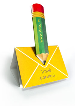 "kartonska ""nacrtana"" olovka koja piše"