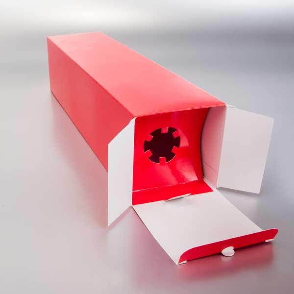 crvena kutija za vino - detalj