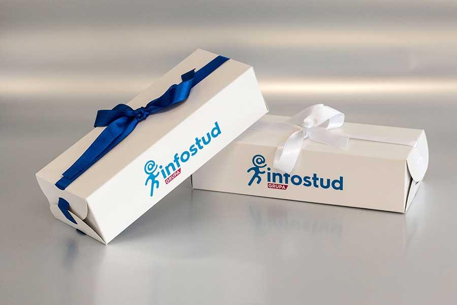 """Kutija za poklone (sa mašnom) """"Infostud"""""""
