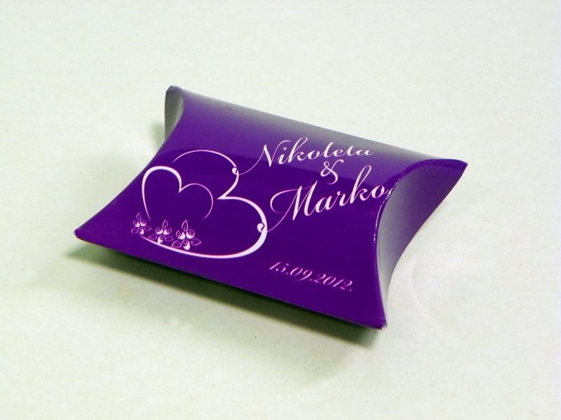 pillow bow - nikoleta i marko