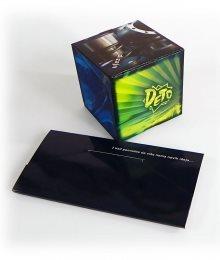 pop-up kocka iznenađenja - kocka koja iskače iz koverta/futrole