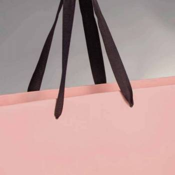 Kesa Valentina - detalj / 520 x 380 x 120 (model XXL)