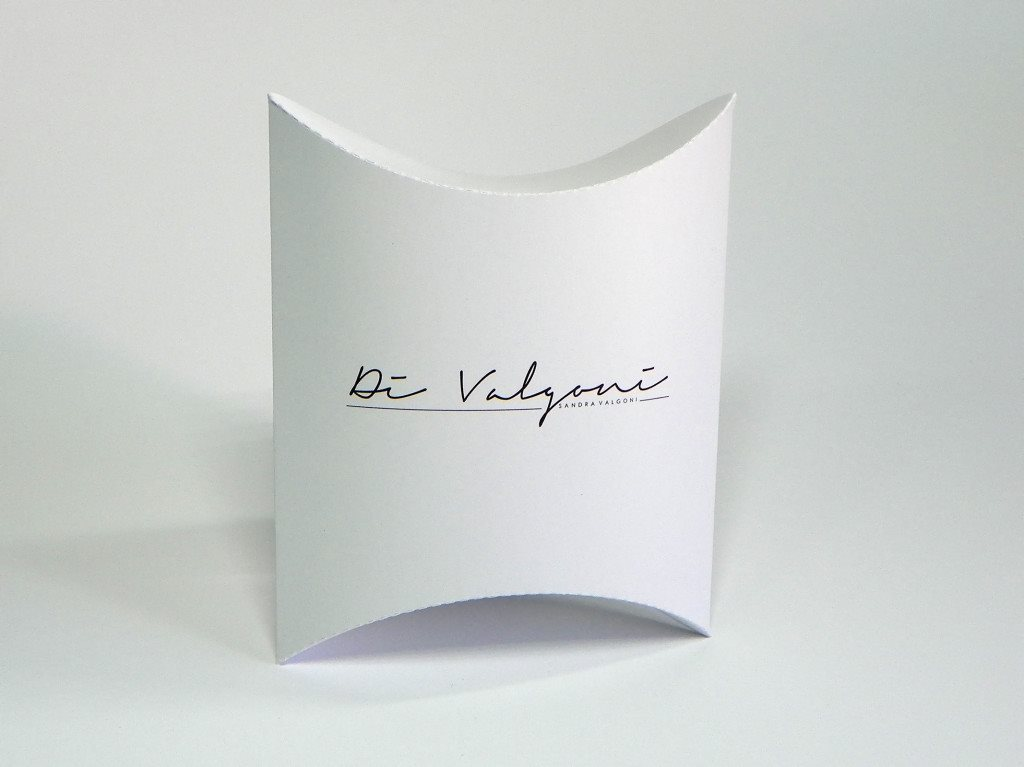 """pillow box """"sandra Valgoni"""""""