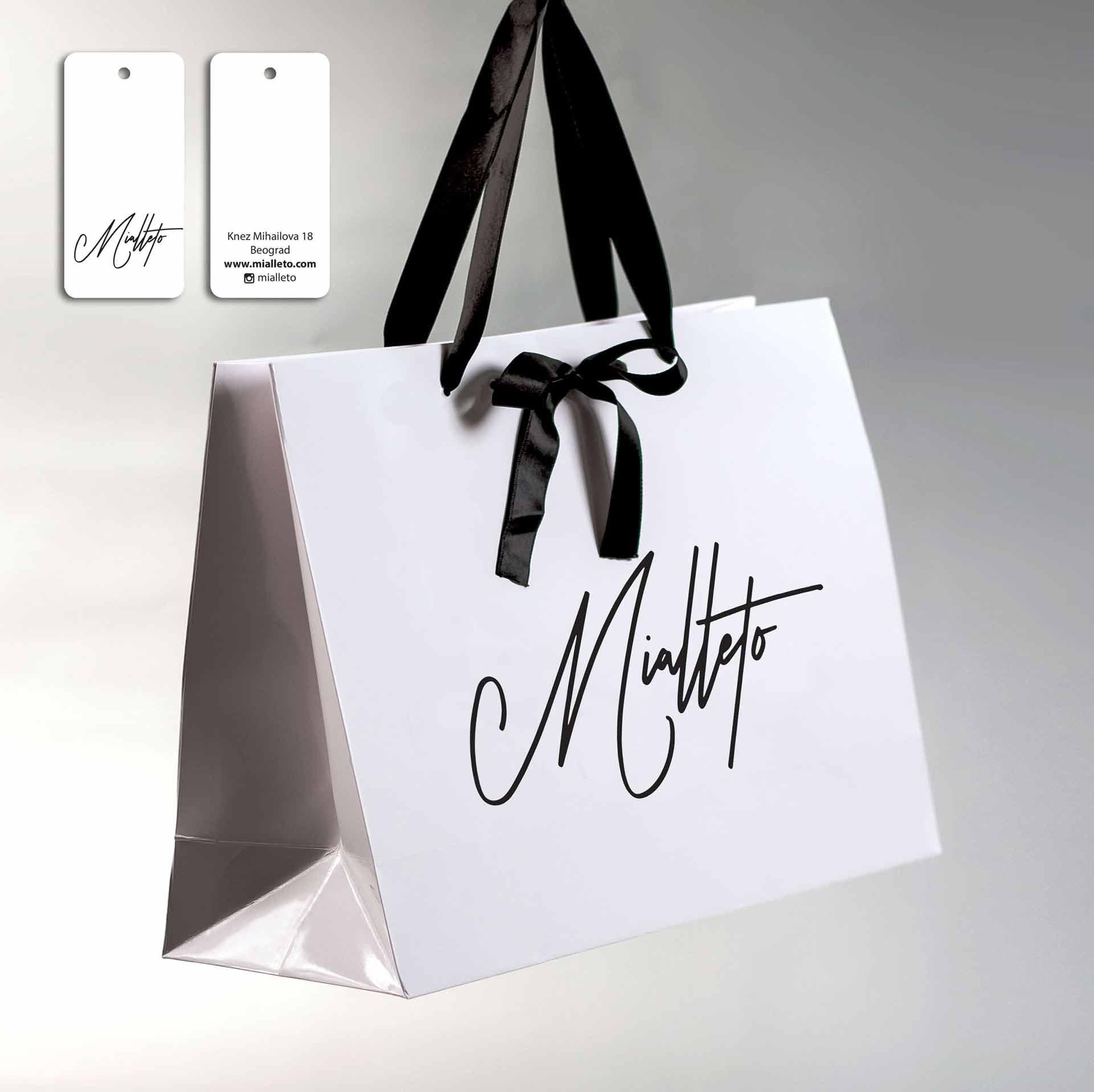 Dizajn -  Idejno rešenje, luksuzna kesa sa trakom  (3D) + etiketa za konfekciju / Mialetto
