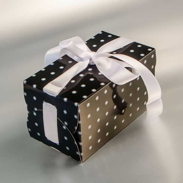 Kutija za poklone sa trakom