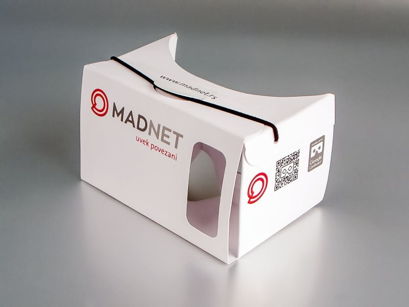 madnet-cardboard-1