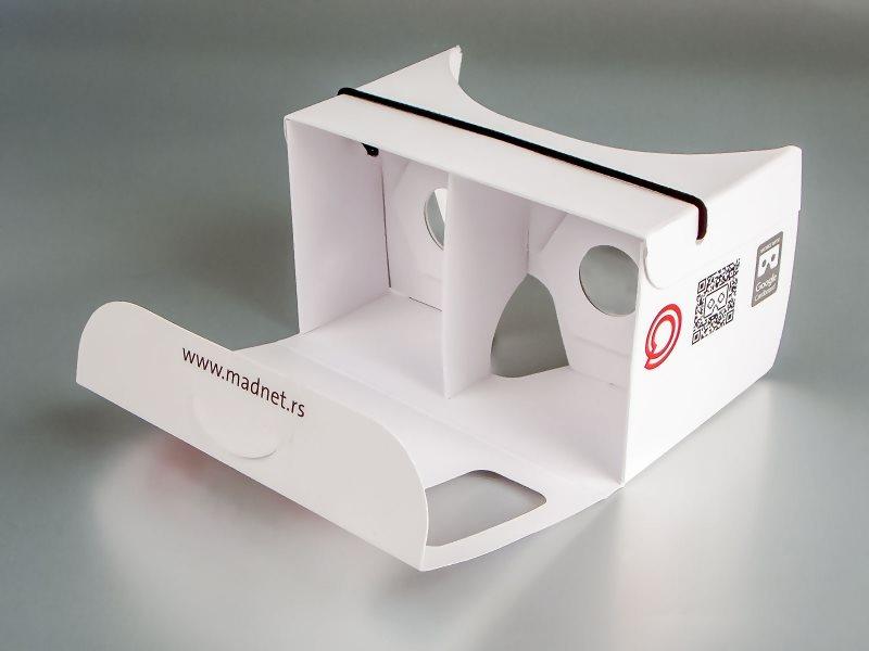 madnet-cardboard-2