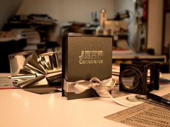 zlatotisak - Jeep-Commerce